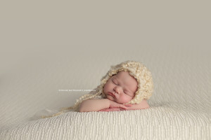 baby girl cream bonnet North Oaks Newborn Photographer