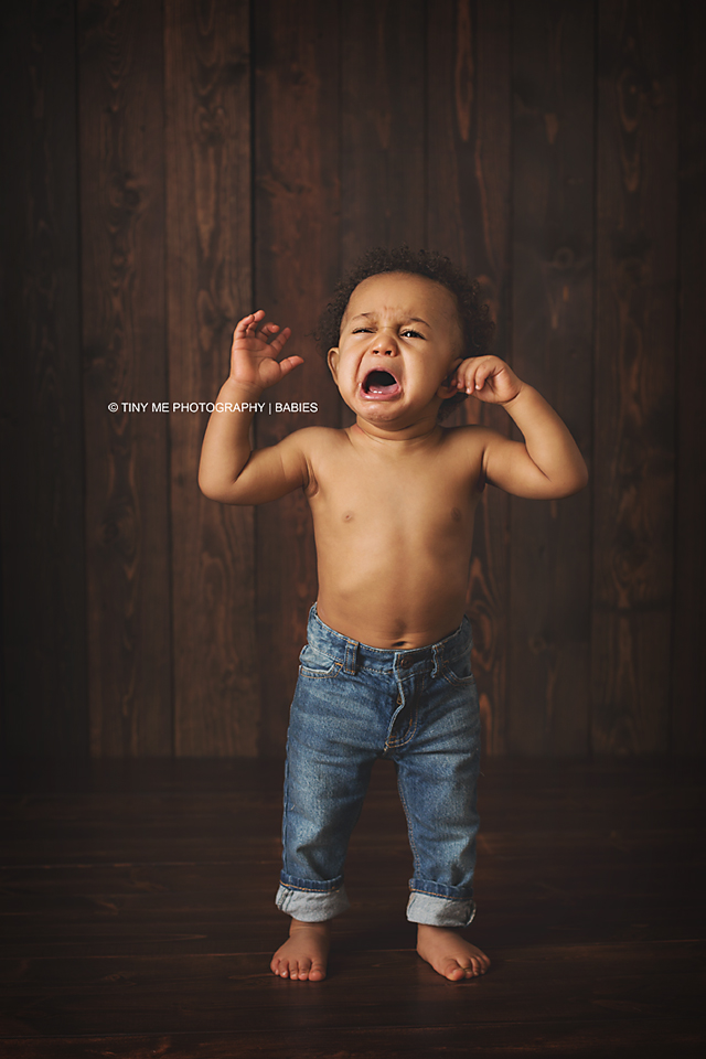 Baby boy crying, professional baby photograph in White Bear Lake MN
