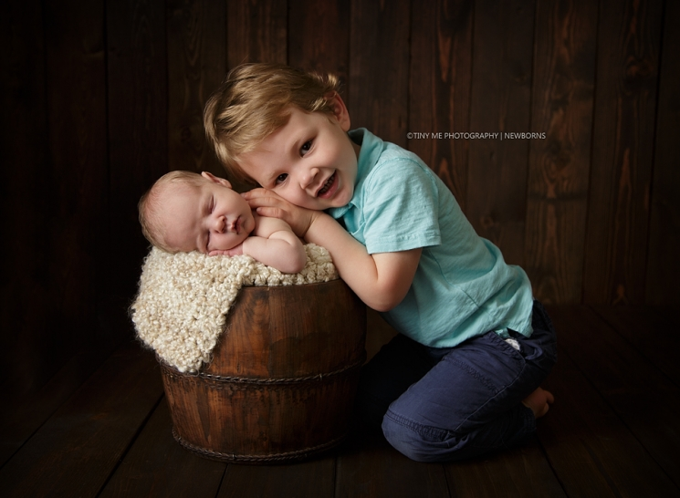 Lino Lakes MN Newborn photographer siblings included