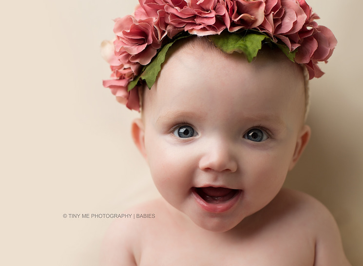 Minnesota Modern and simple baby photographer