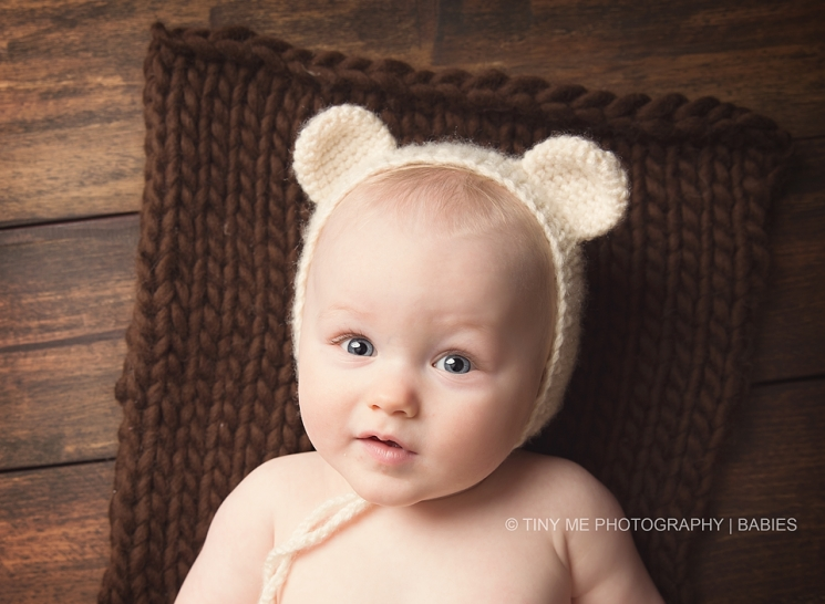 Minnesota Baby Photographer bear hat